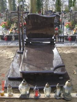 nagrobki-granitowe-szczecin-kambud-grobowce-G109.jpg