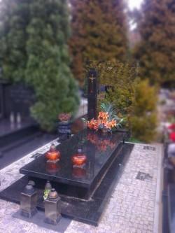nagrobki-granitowe-szczecin-kambud-grobowce-G129.jpg