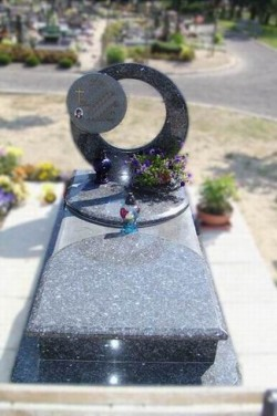 nagrobki-granitowe-szczecin-kambud-projektowane-N114.jpg