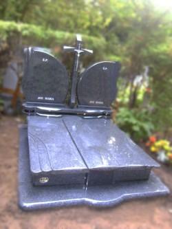 nagrobki-granitowe-szczecin-kambud-rodzinne-R325.jpg