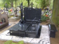 nagrobki-granitowe-szczecin-kambud-rodzinne-R332.jpg